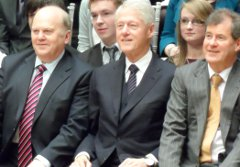Michael Noonan, Bill Clinton and JP McManus at the awards ceremony