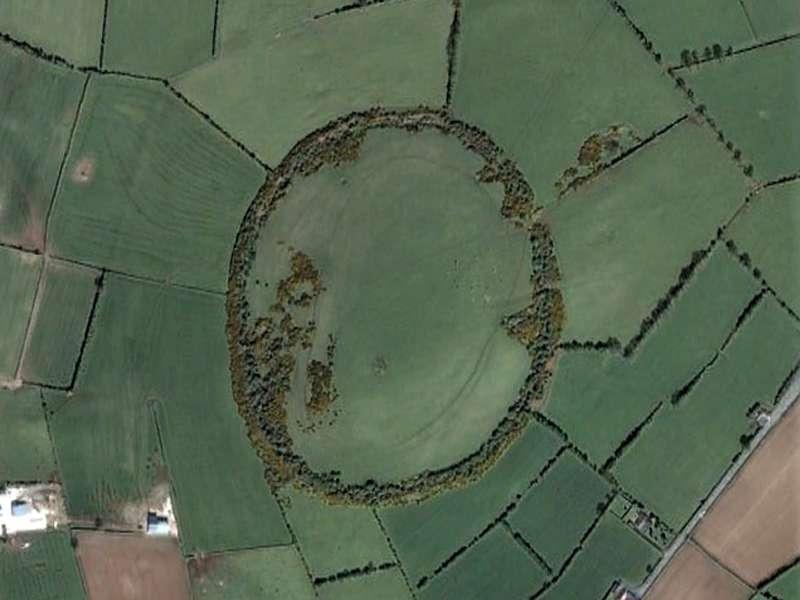 An aerial view of  Dun Ailinne.