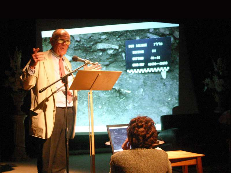 Professor Bernard Wailes outlining his work at Dun Ailinne, during the 2008 official opening of the Dun Ailinne Interpretive Park.