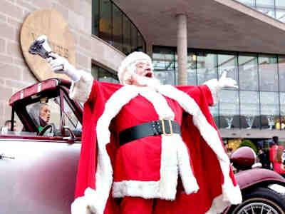 Santa's Parade at Whitewater Shopping Centre