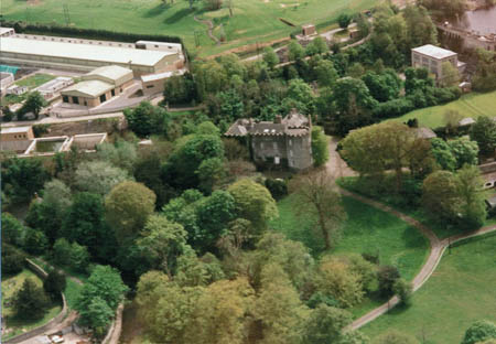 Leixlip-Castle.jpg