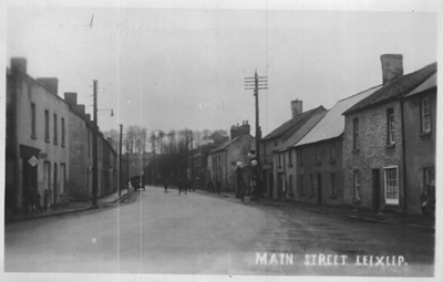 Leixlip_Main_St,_early_20th_century_postcard-sm.jpg
